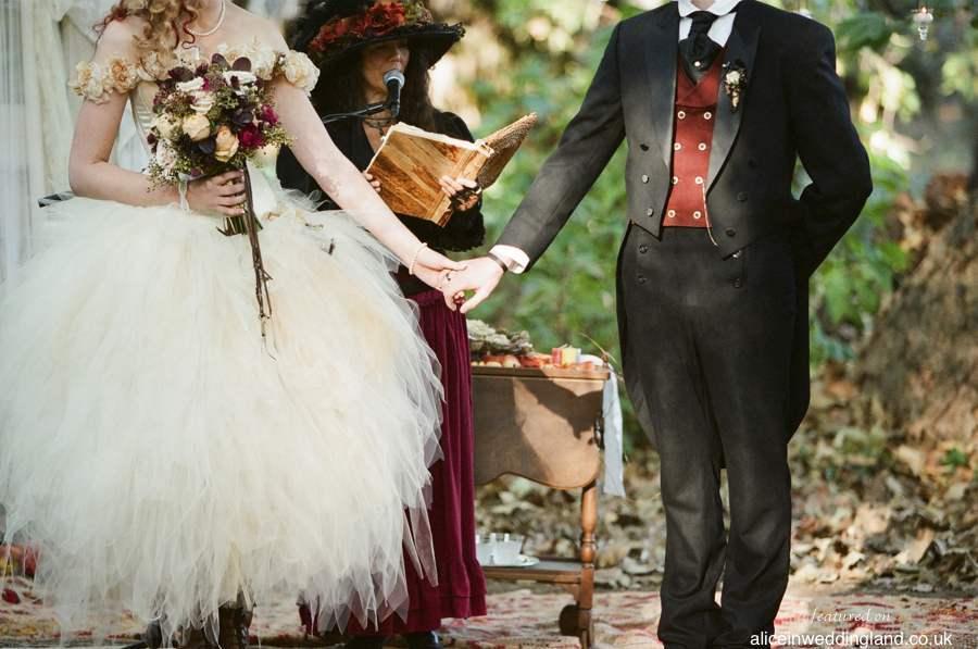Steampunk-wedding-unique-wedding-blog-braedonflynn16.full