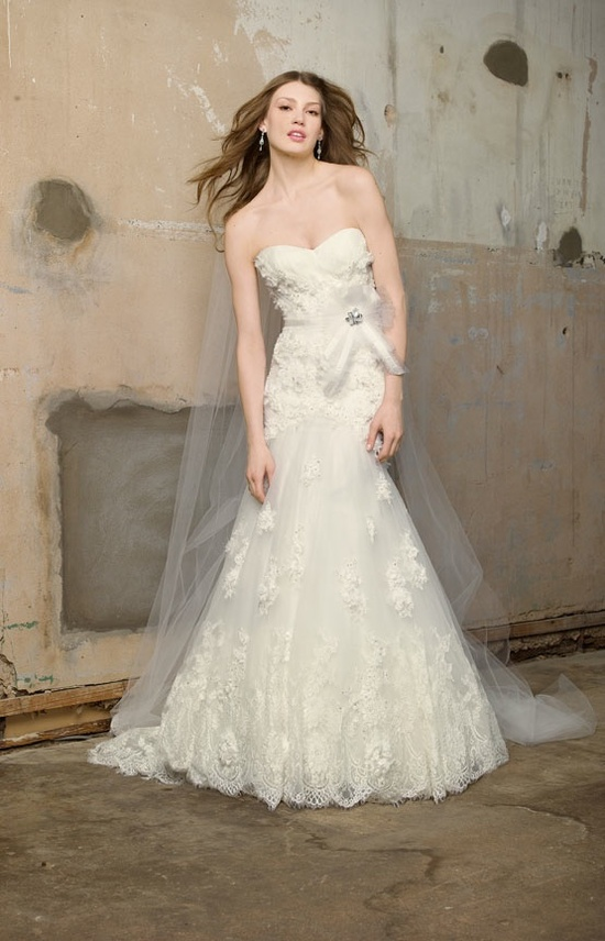 Romantic lace a-line wedding dress