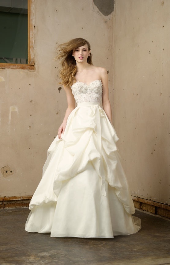 Wedding-dress-wtoo-fall-2011-bridal-gowns-ivory-beading-peplum_0.full