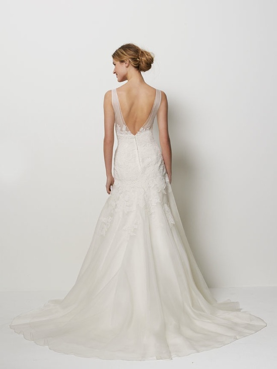Classic a-line ivory wedding dress with open back