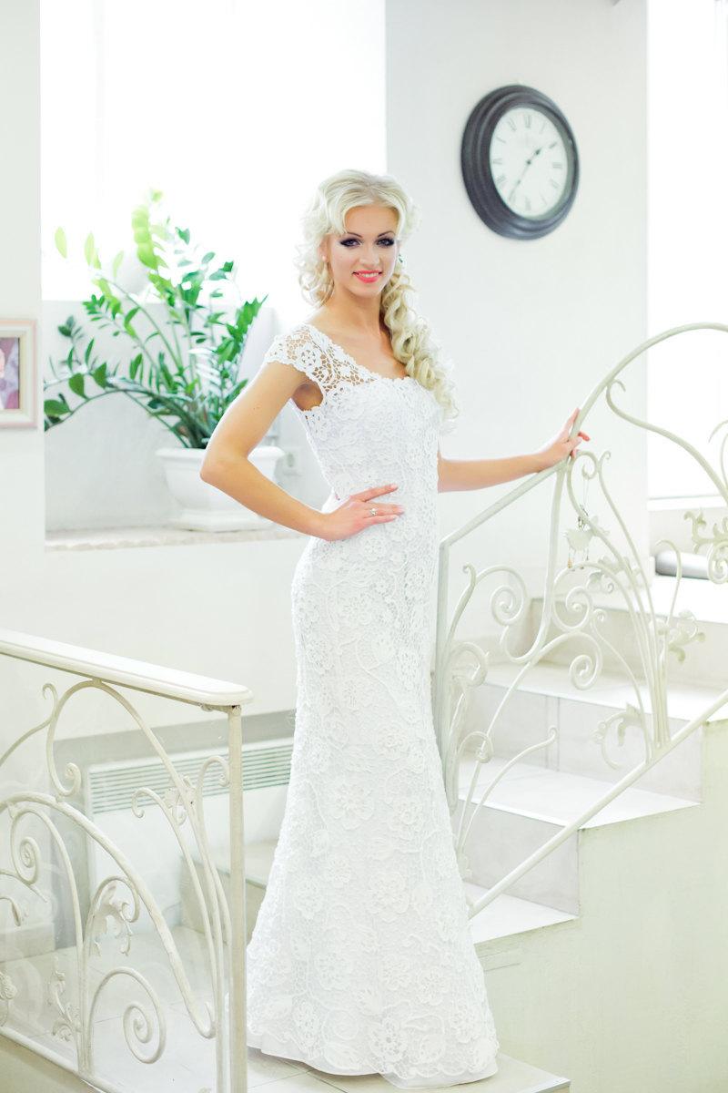 White Irish Crochet Wedding Dress With Cap Sleeves