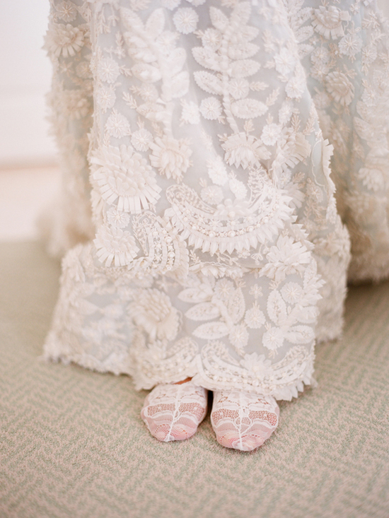 crochet Oscar de la Renta wedding dress