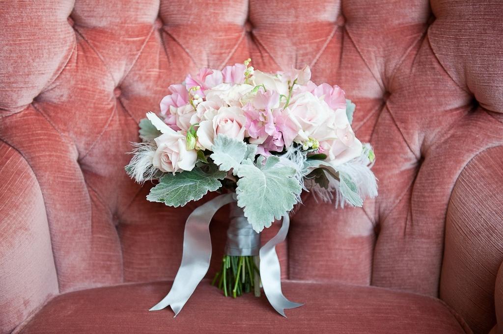 Romantic-bridal-bouquet.full