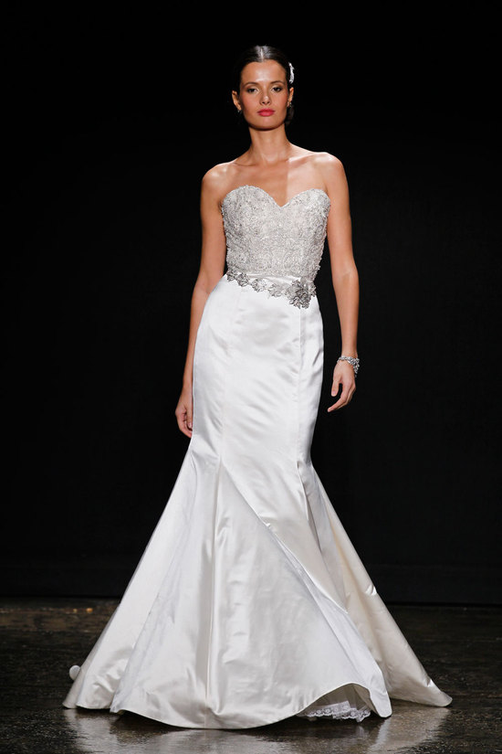 Glamorous Mermaid Trumpet Wedding Dress