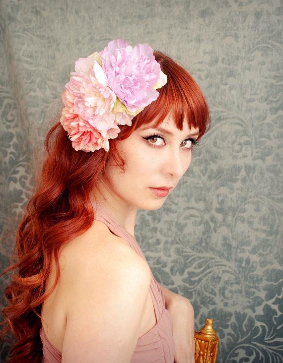 Bohemian bridal style wedding hair flowers | OneWed.com