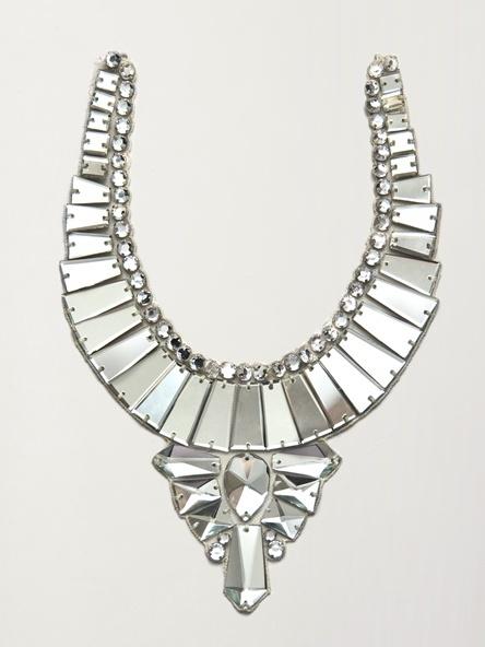 Modern-statement-wedding-necklace.full