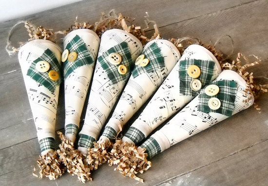 plaid adorned cones for fall wedding exits