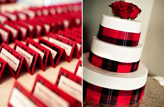 plaid wedding cake and escort cards