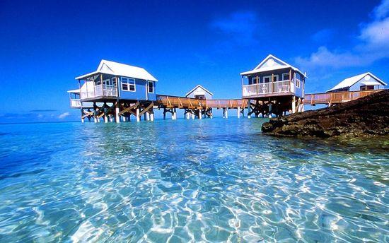 photo of Honeymooning in Bermuda wedding planning tips 7