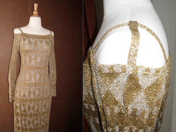 Vintage-wedding-dress-sleeves-beading.full
