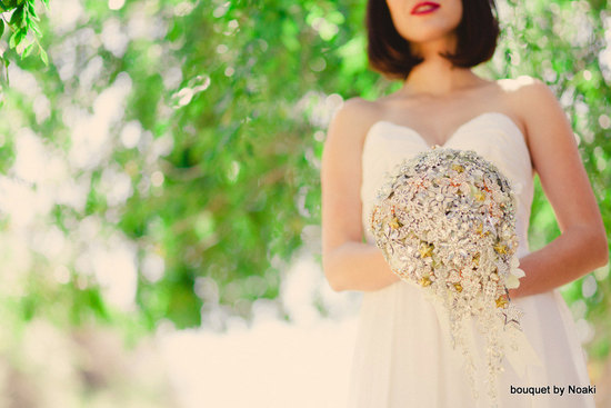 beautiful cascading vintage brooch bouquet