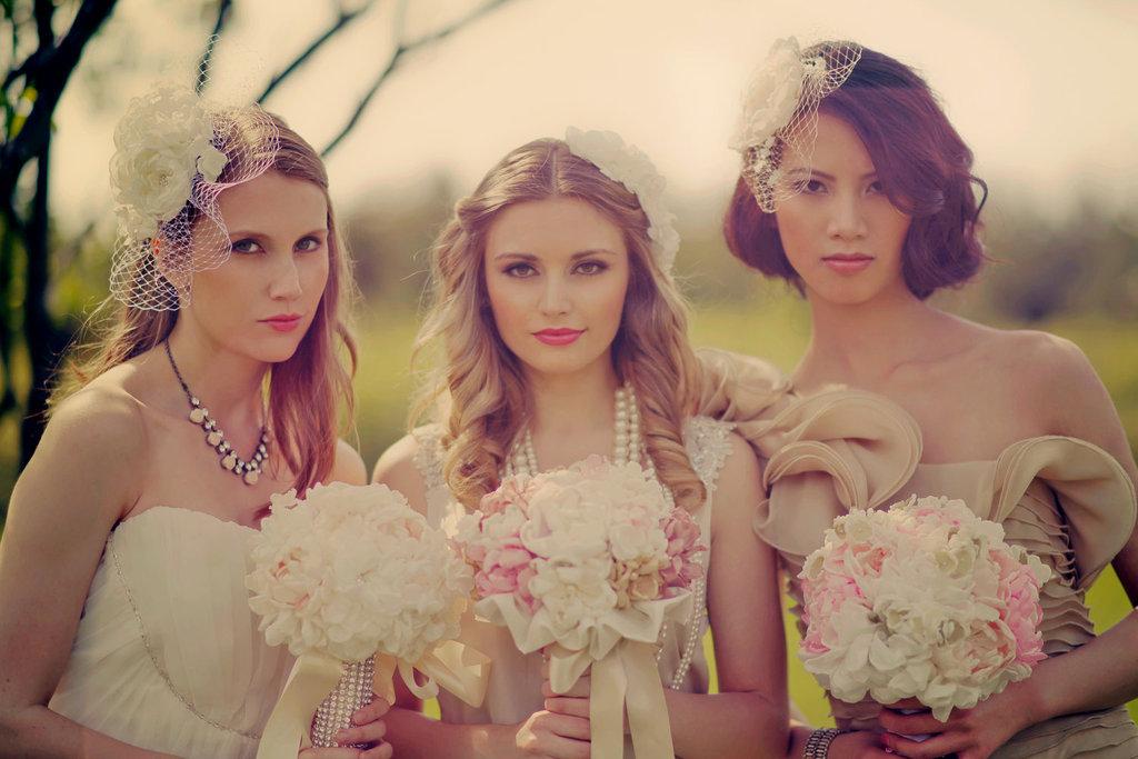 Handmade-peony-wedding-bouquets.full