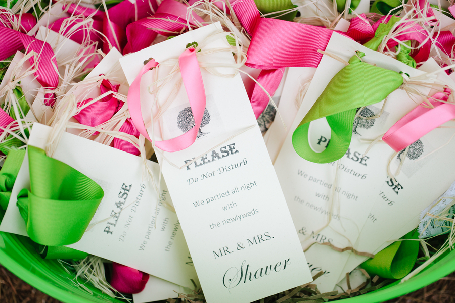 Do-not-disturb-wedding-favors-with-bright-ribbons.full
