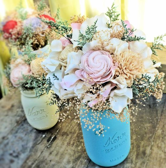 Large arrangement soft romantic colors 1