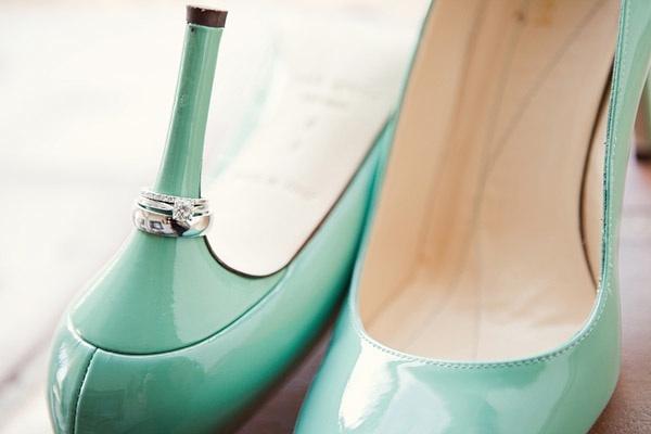 California-real-wedding-fall-vintage-chic-wedding-shoes-diamond-engagement-ring.full