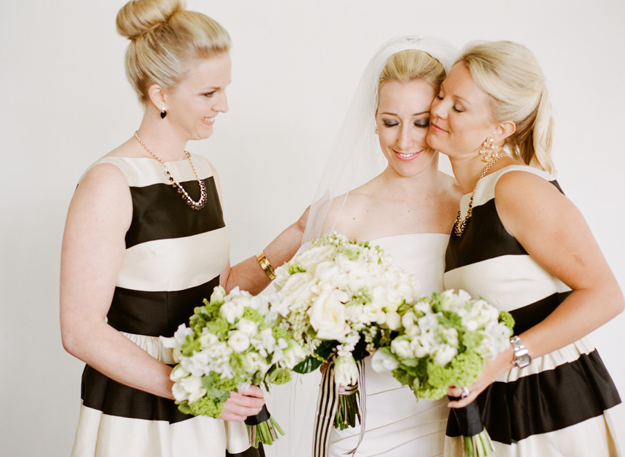 Black-cream-and-green-wedding-color-inspiration.full