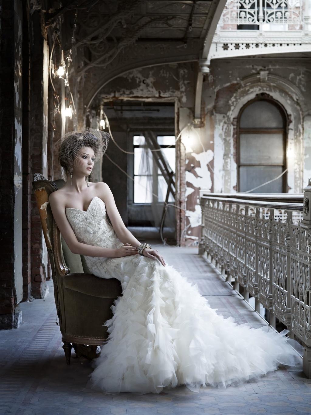 2-wedding-dress-fall-2011-bridal-gowns-lazaro-3169_0.full
