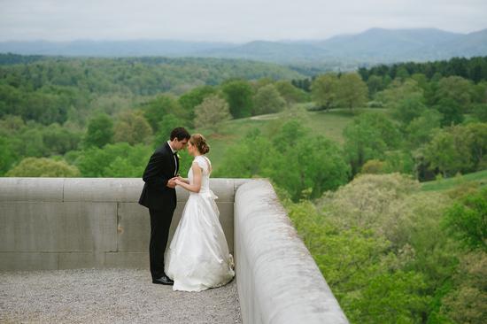 Romantic Outdoor Photo Shoot