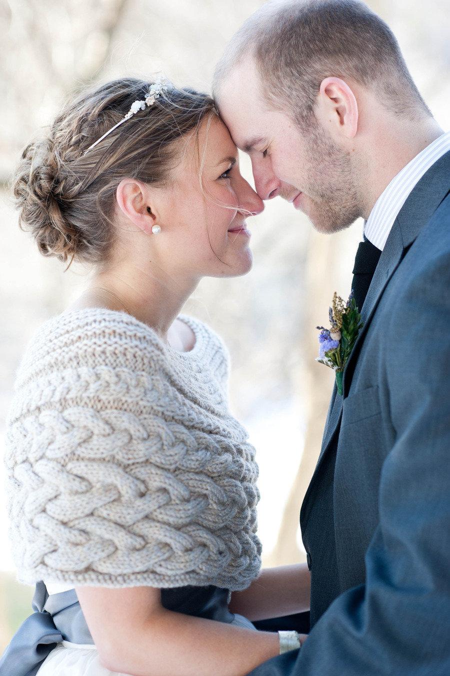 Winter-bride-wears-cableknit-wedding-sweater.full