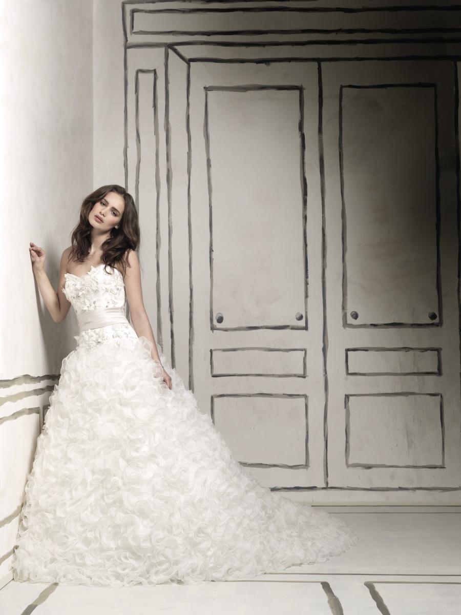 2011-wedding-dress-justin-alexander-bridal-gown-8567.full