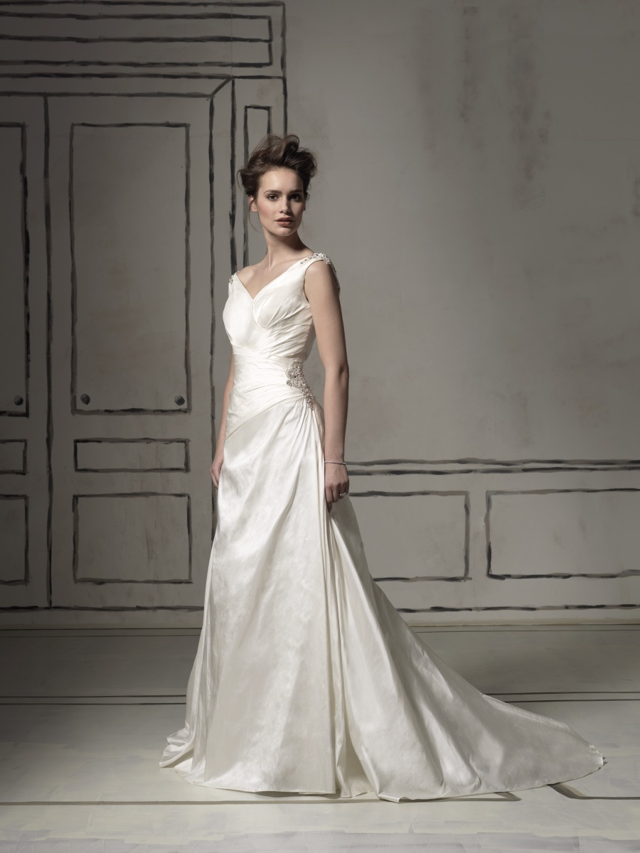2011-wedding-dress-justin-alexander-bridal-gown-8561.full