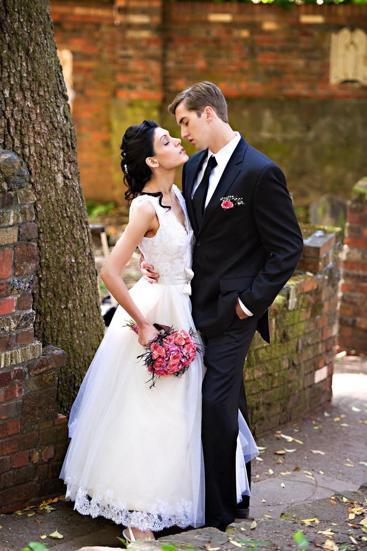 Vintage-wedding-dress-black-formal-suit-for-groom_0.full