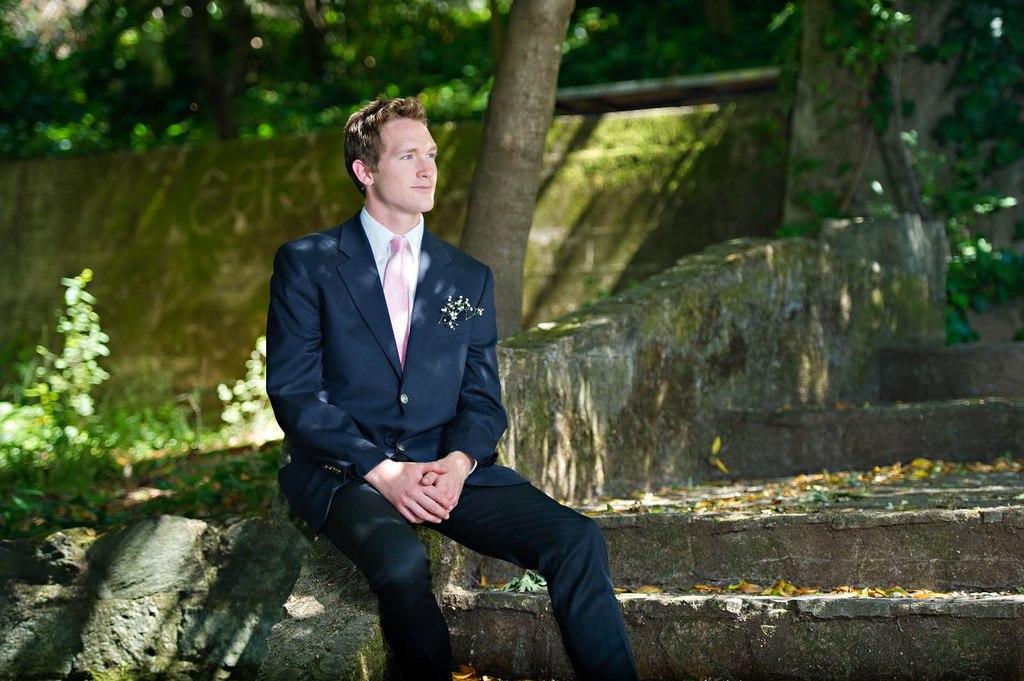 Casual-grooms-attire-dark-suit.full