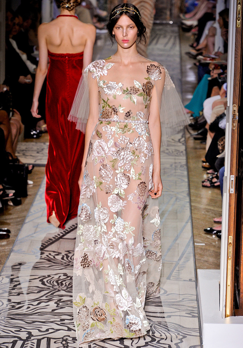 Bohemian-wedding-dress-flutter-sleeves-valentino.full