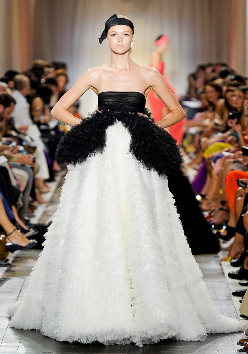 Black-white-wedding-dress-couture.full