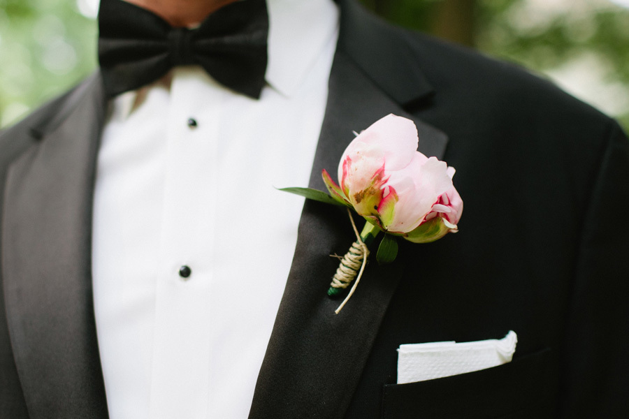 Pale-pink-peony-wrapped-with-twine-grooms-bout.full