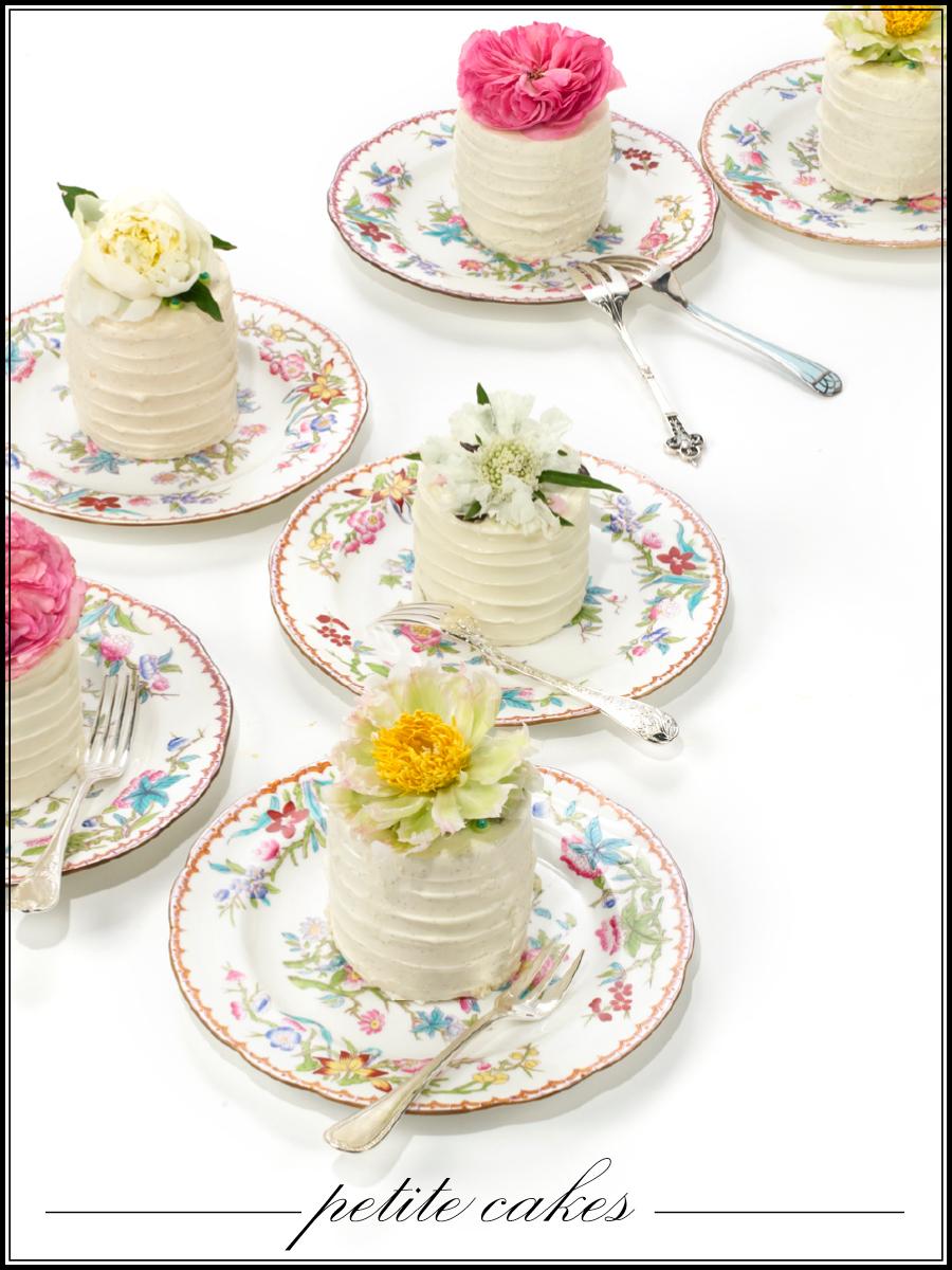Petite-wedding-cakes-vintage-china.full