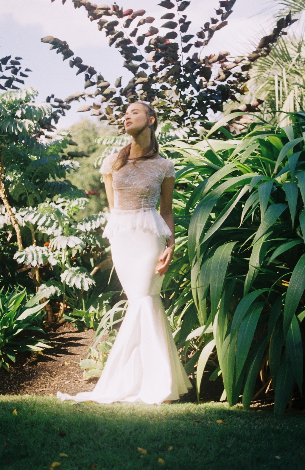Wedding-dress-by-mariana-hardwick-a-provincial-romance-bridal-collection-5.full