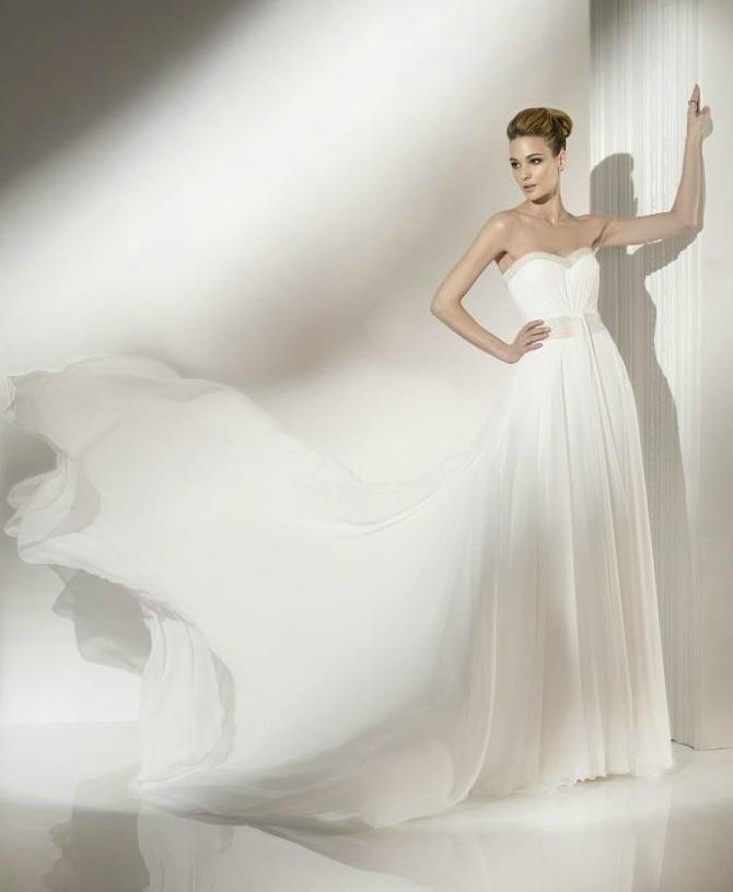 Wedding-dress-pepe-botella-strapless-a-line.full