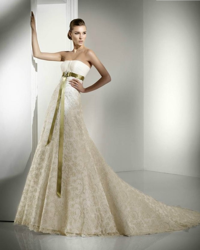 Lace-wedding-dress-ivory-2011-bridal-gowns.full
