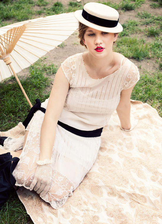 1920's Jazz Age wedding inspiration for outdoor summer nuptials