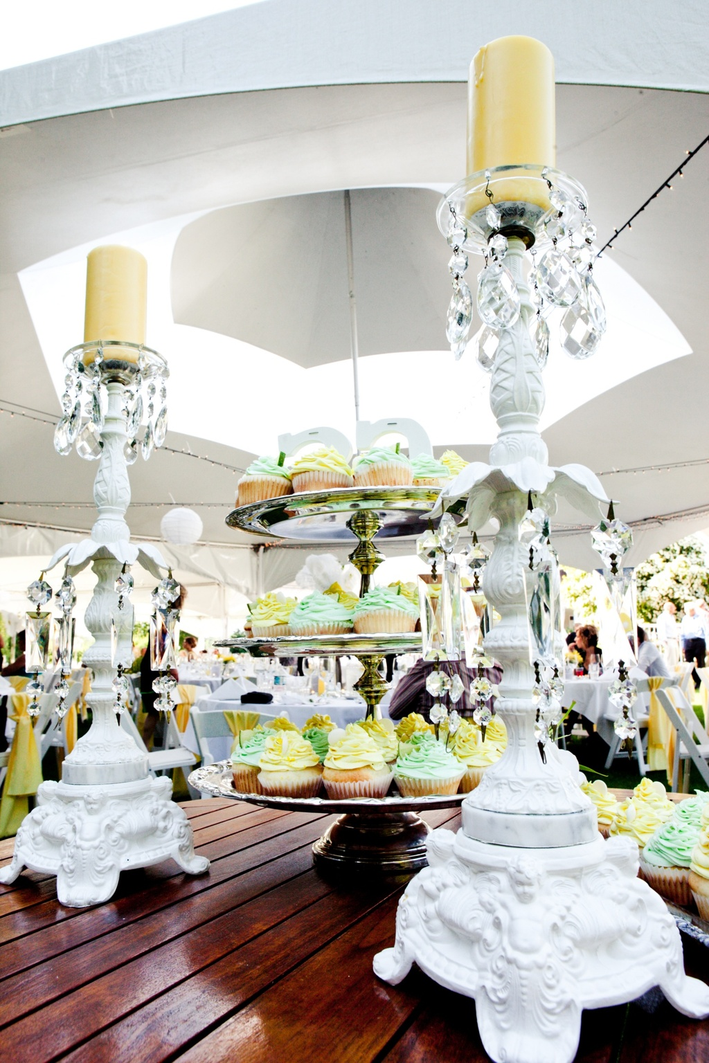 non traditional wedding receptions - Wedding Decor Ideas
