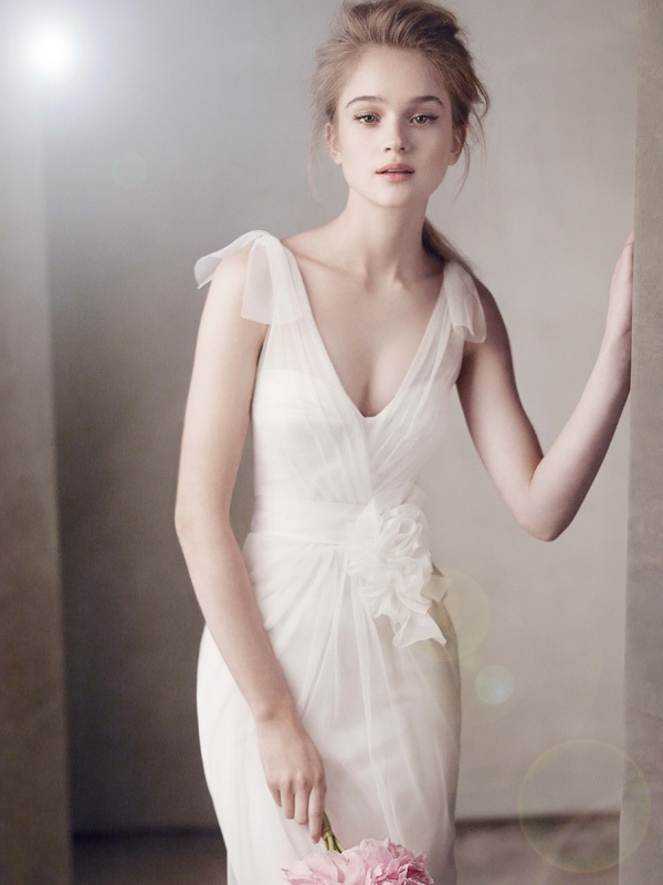 Wedding-dress-white-by-vera-wang-2011-bridal-gowns-351039.original