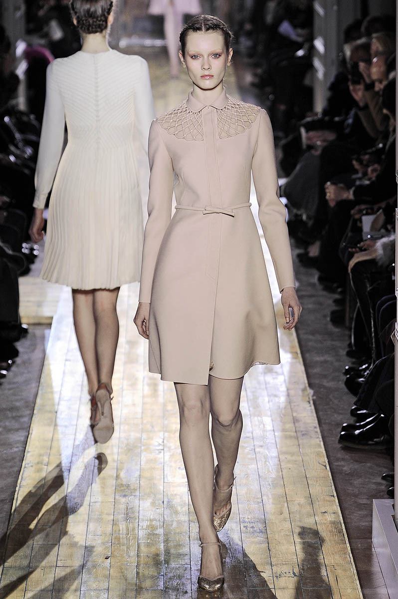 Valentino-couture-bridal-braids.full