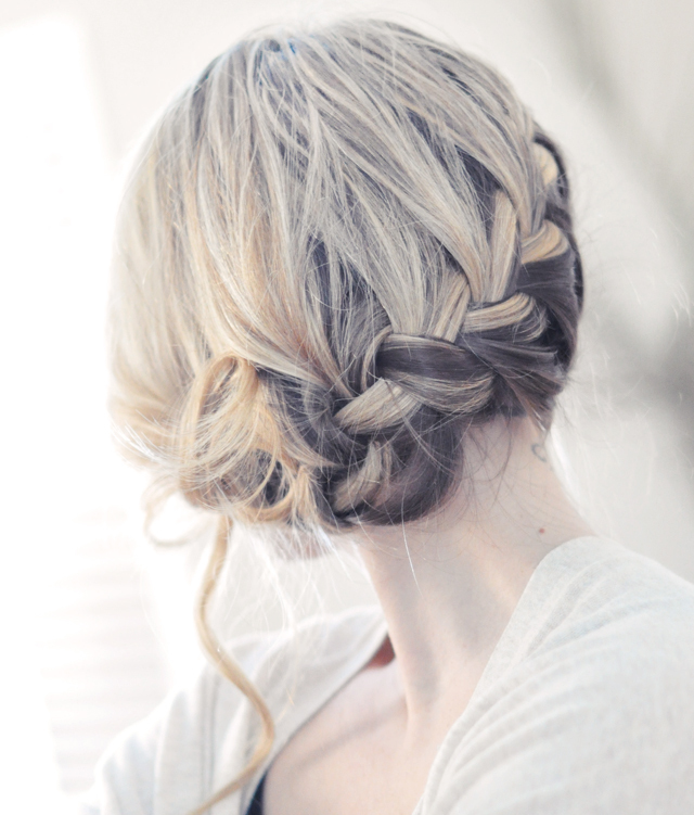 Romantic-wedding-hairstyles-bridal-braid.full