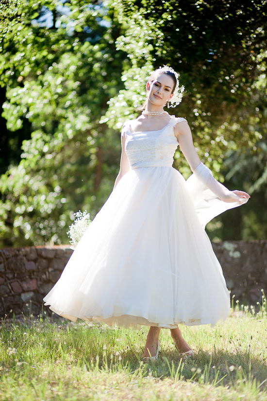 Romantic tea-length tulle wedding dress
