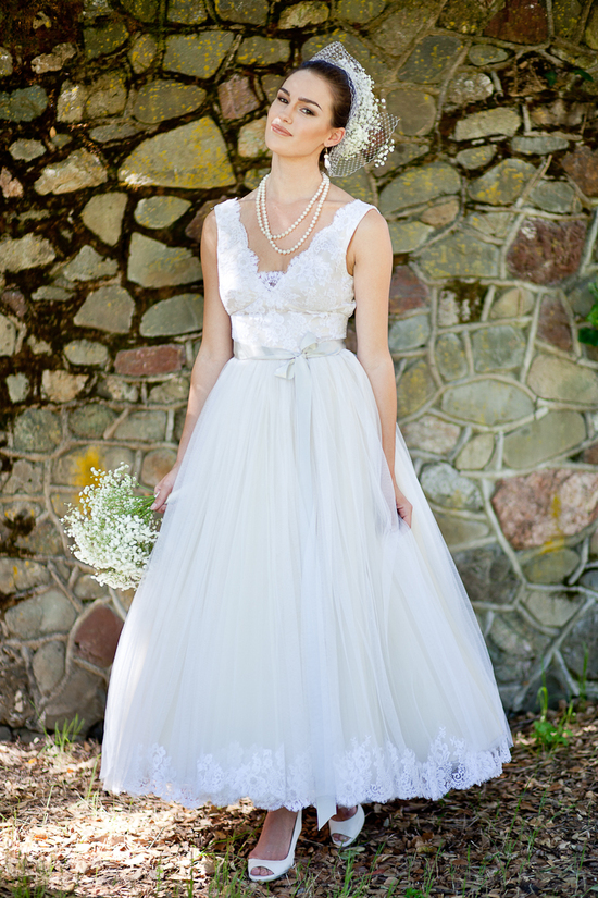 Tea-length tulle wedding dress