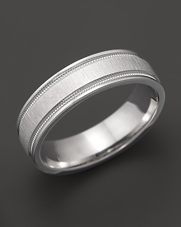 photo of groom wedding band white gold