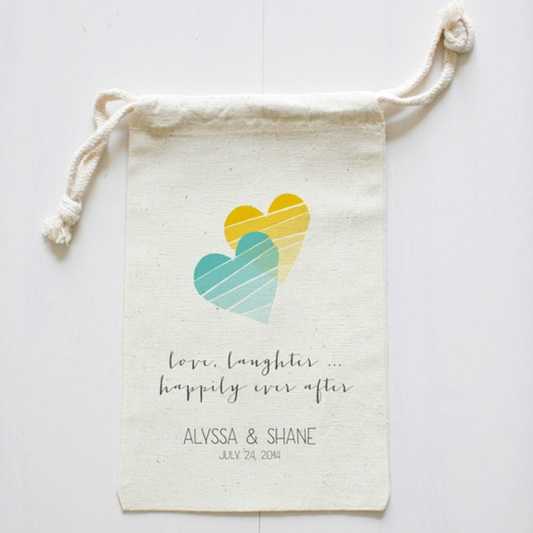 Personalized_wedding_favor_bags.full