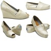 Toms-wedding-shoes-casual-bridal-style-charitable-wedding-ideas.square