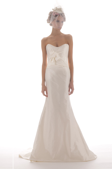 Adele-wedding-dress-elizabeth-fillmore-bridal-gowns-2011-mermaid-sweetheart.full