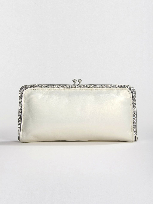 Chic-bridal-clutch-wedding-accessories-designer-discounts.full