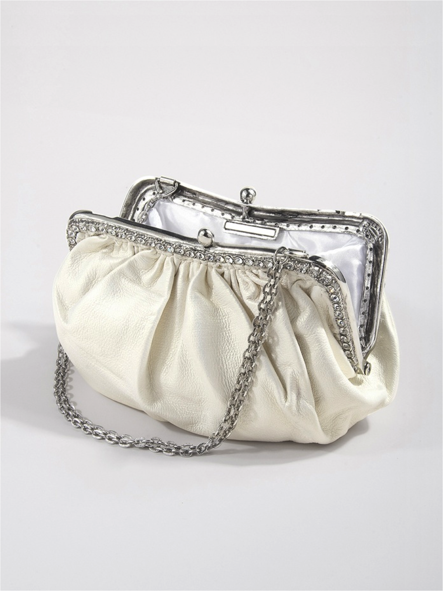 Designer-bridal-accessories-ivory-classic-wedding-clutch.original