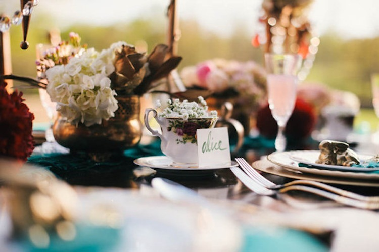 Alice_in_wonderland_table_placecard.full