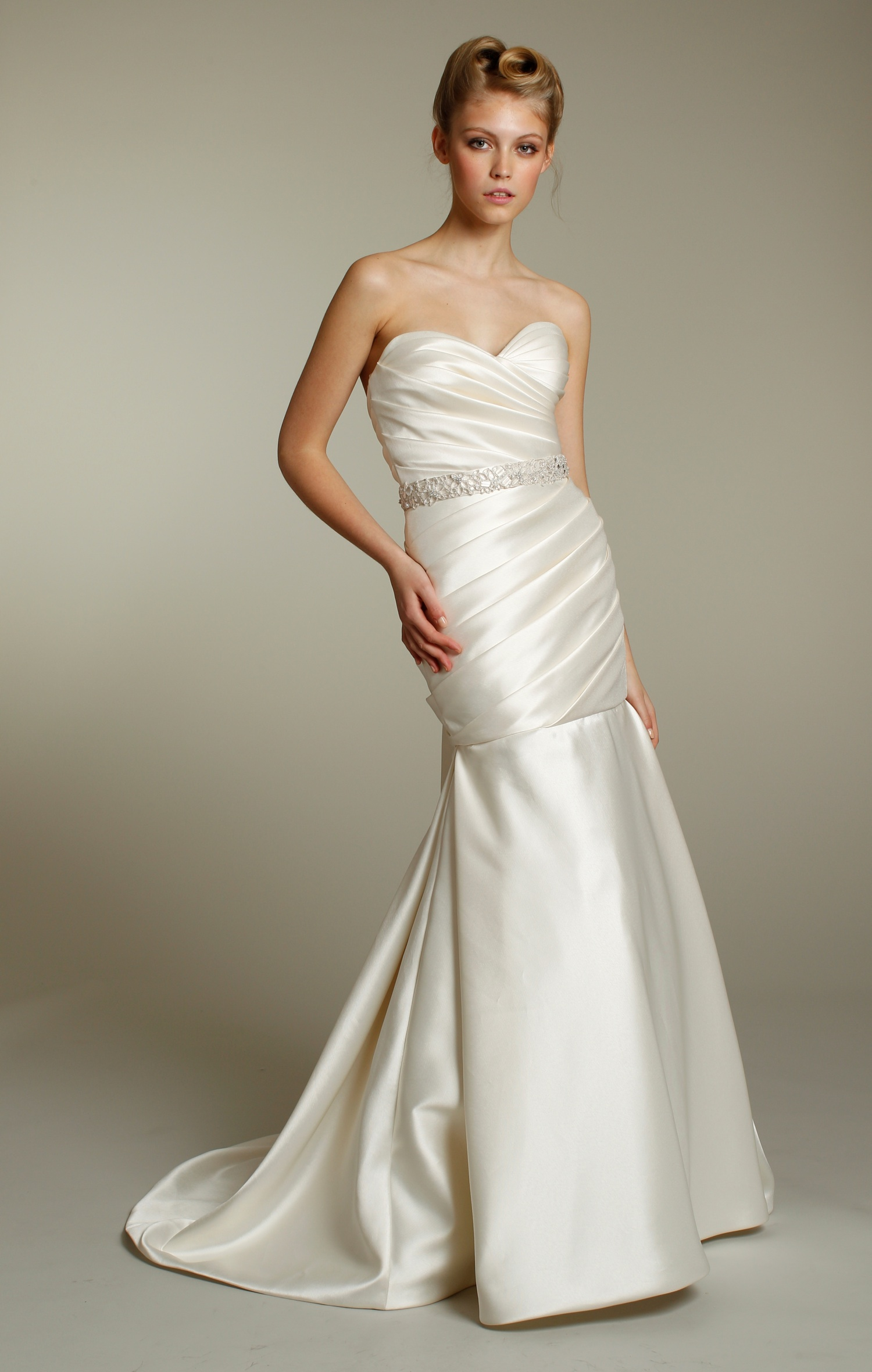 Luxe Ivory Sweetheart Neckline Drop Waist Mermaid Wedding Dress With Beaded B