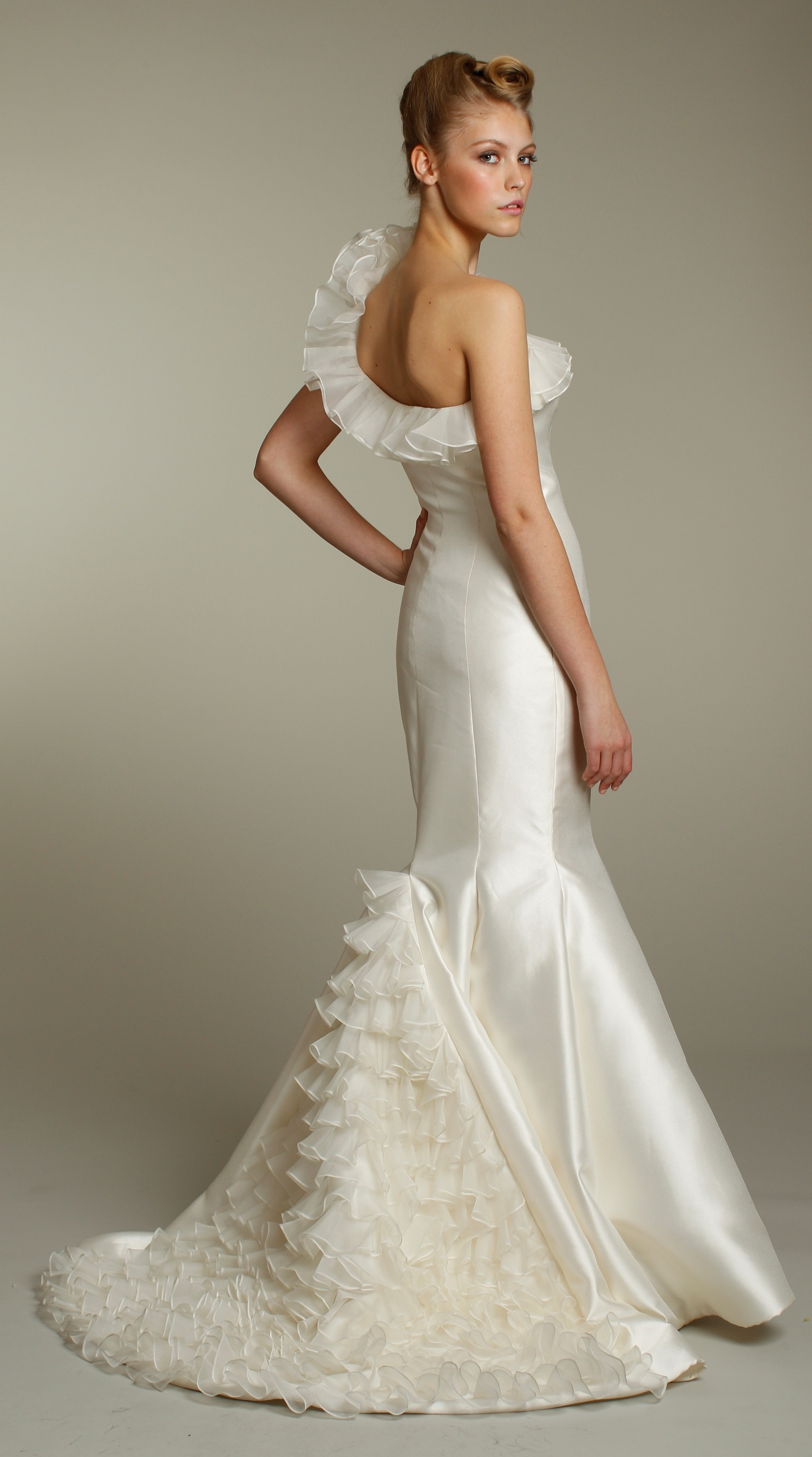 2156-wedding-dress-2011-bridal-gowns-mermaid-one-shoulder-ruffles-back.original
